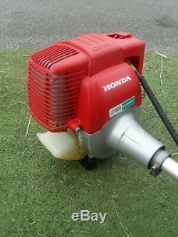 Honda Heavy Duty Cow Horn Handles Strimmer UMK 422, 4 stroke petrol