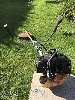 Stihl FS106 Strimmer Brush cutter Petrol 2- Stroke