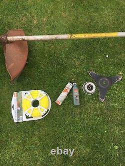 Stihl Fs220 Strimmer Brush cutter Cowhorn
