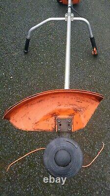 Stihl Fs90 professional petrol 2 stroke brush cutter