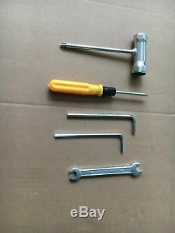 5 En 1 Haie Multi Tool Essence Débroussailleuse Tondeuse À Gazon Jardin Chainsaw 52cc