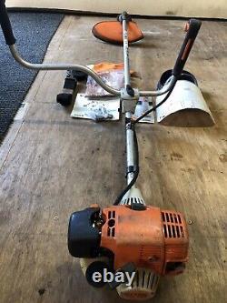 Stihl Fs130 Strimmer/brushcutter Avec Accessoires, Juste Eu Un Service Complet Ainsi