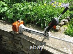 Stihl Fs300 Powerful Strimmer / Brushcutter. IL N'y Avait Qu'un Usage Domestique Occasionnel.