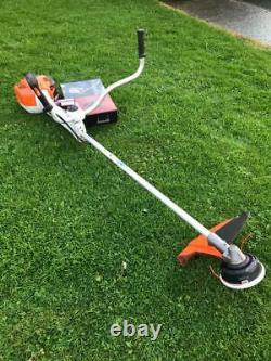 Stihl Fs410c-em Huile De Coupe-broussailles Strimmer, Application De Harnais De Cordon 2015 Into Service