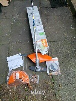 Stihl Fs-km Kombi / Combi Strimmer / Brushcutter Attachment + Autofeed 25-2 Tête